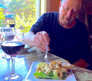 Neahkahnie Bistro Restaurant in Manzanita Oregon