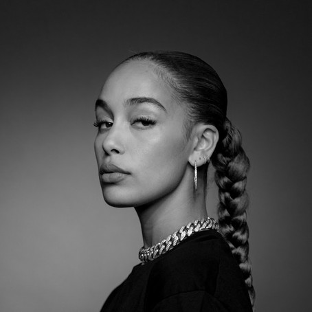 """Jorja Smith shares captivating remix of """"Come Over"""" with rapper Oboy"""