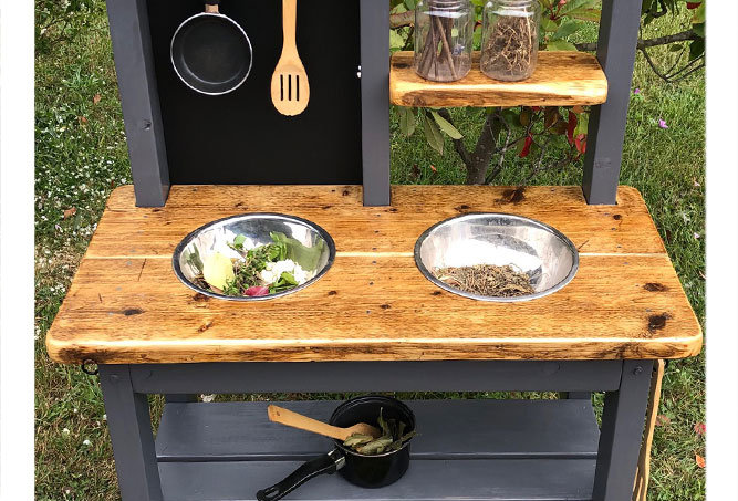 Age 2-4 outdoor small role play 2 bowl kitchen