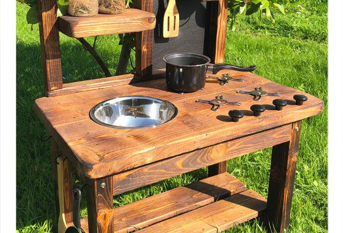 Mud kitchen, 1 bowl, hob, play bench