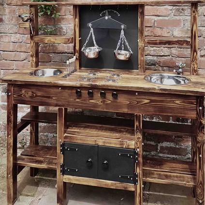 Bespoke Mud Kitchens