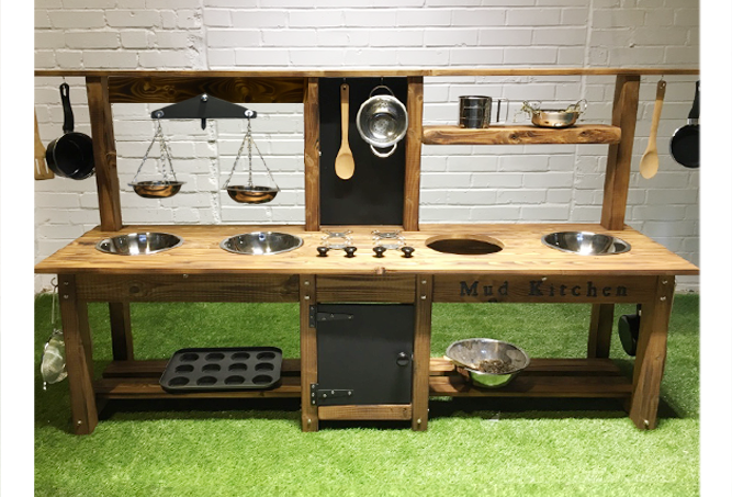 Mud Kitchen 4 bowl, oven, hob, scales