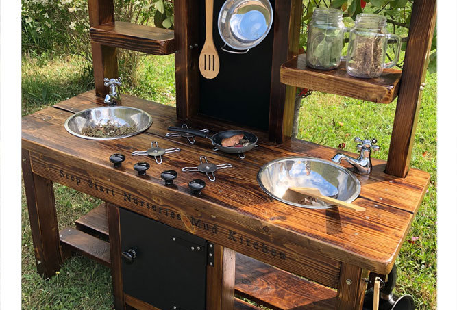 Mud Kitchen 2 bowl oven, hob, oven middle with taps, Osmo finish