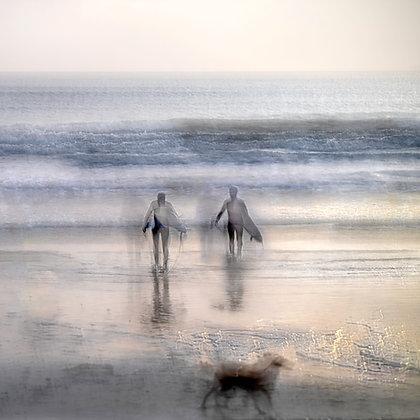 Surfers & Dog - Marizion