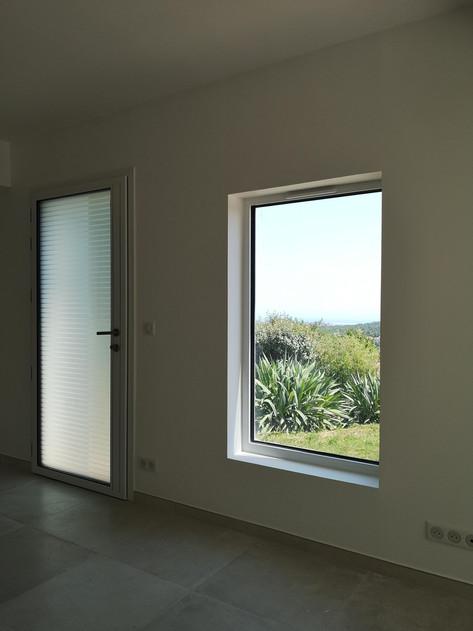 Fenetre et porte d'entrée aluminium Alu Videmo Vence