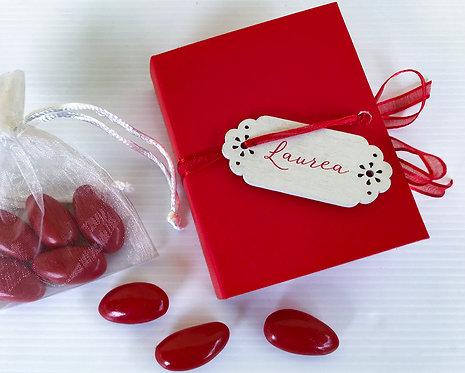 Bomboniera solidale Scatolina Laurea con 5 confetti