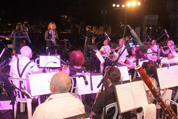 קונצרט מחווה לשירי הביטלס, יחד עם אומגומה בקיץ 2013