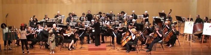"""""""מכחול הצלילים של מוריס"""" בשיתוף עם תזמורת הבמה הישראלית, מוזיאון תל אביב. מנצחת - טליה אילן"""