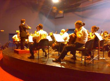 תזמורת הקמפוס בקונצרט בניצוחו של אי-אן שו