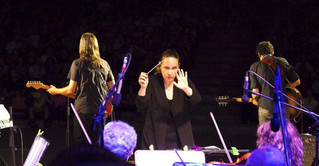 Talia Ilan conducts the Israel Stage Orchestra