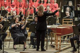 Talia Ilan conducting the Israel Philharmonic Orchestra