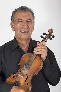 יצחק שפירא, נגן כינור שני