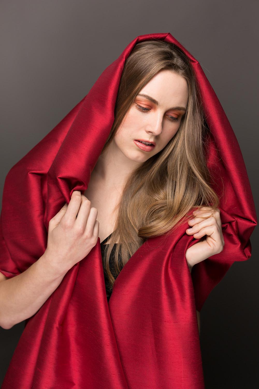 san-jose-glamour-portrait-red-fabric