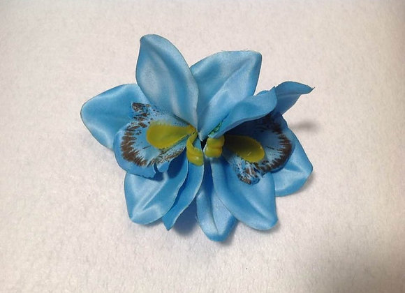 Hawaiian double flower clip. Silk flower clip. Beach wedding, bridesmaids
