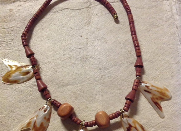 Wood & Sea Shell Necklace