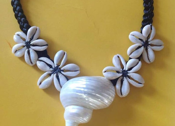 Cowrie Rosette & Ivory Seashell Necklace