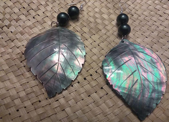 Carved Black lip mother of pearl shell with black shell pearls earrings.