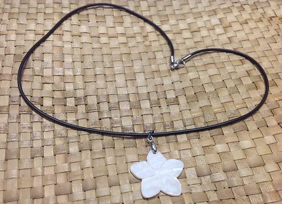 White Mother Of Pearl Shell Flower Necklace