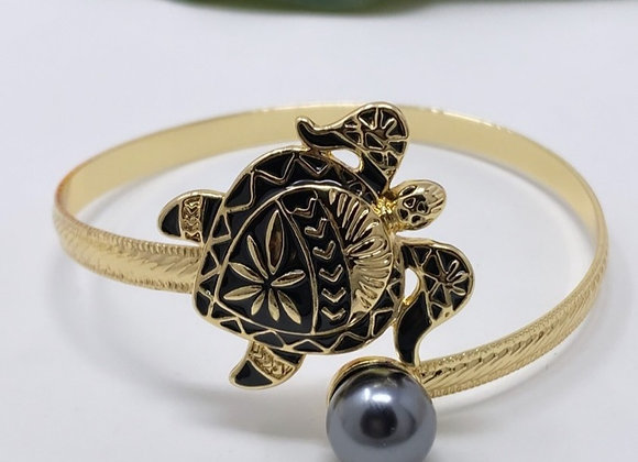 Hawaiian Gold Plated Single Pearl Tribal Turtle Bracelet