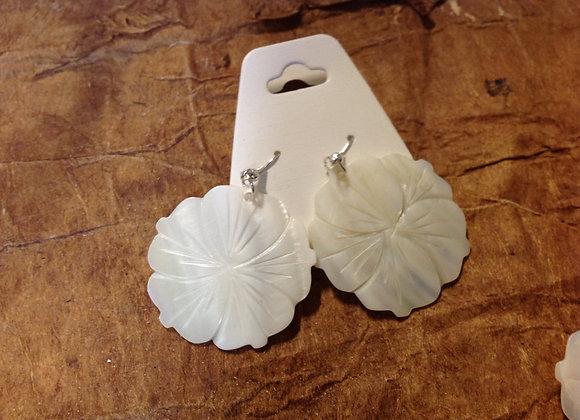 White Mother Of Pearl Shell Flower Earrings