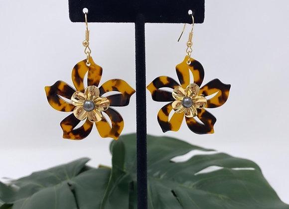 Faux Turtle Double Flower Earrings