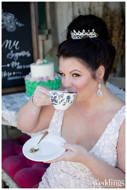 Erica-Baldwin-Photography-Sacramento-Real-Weddings-OneDressTwoWays-Layout_0010