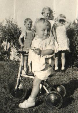 1955-0006 - 72 dpi.jpg