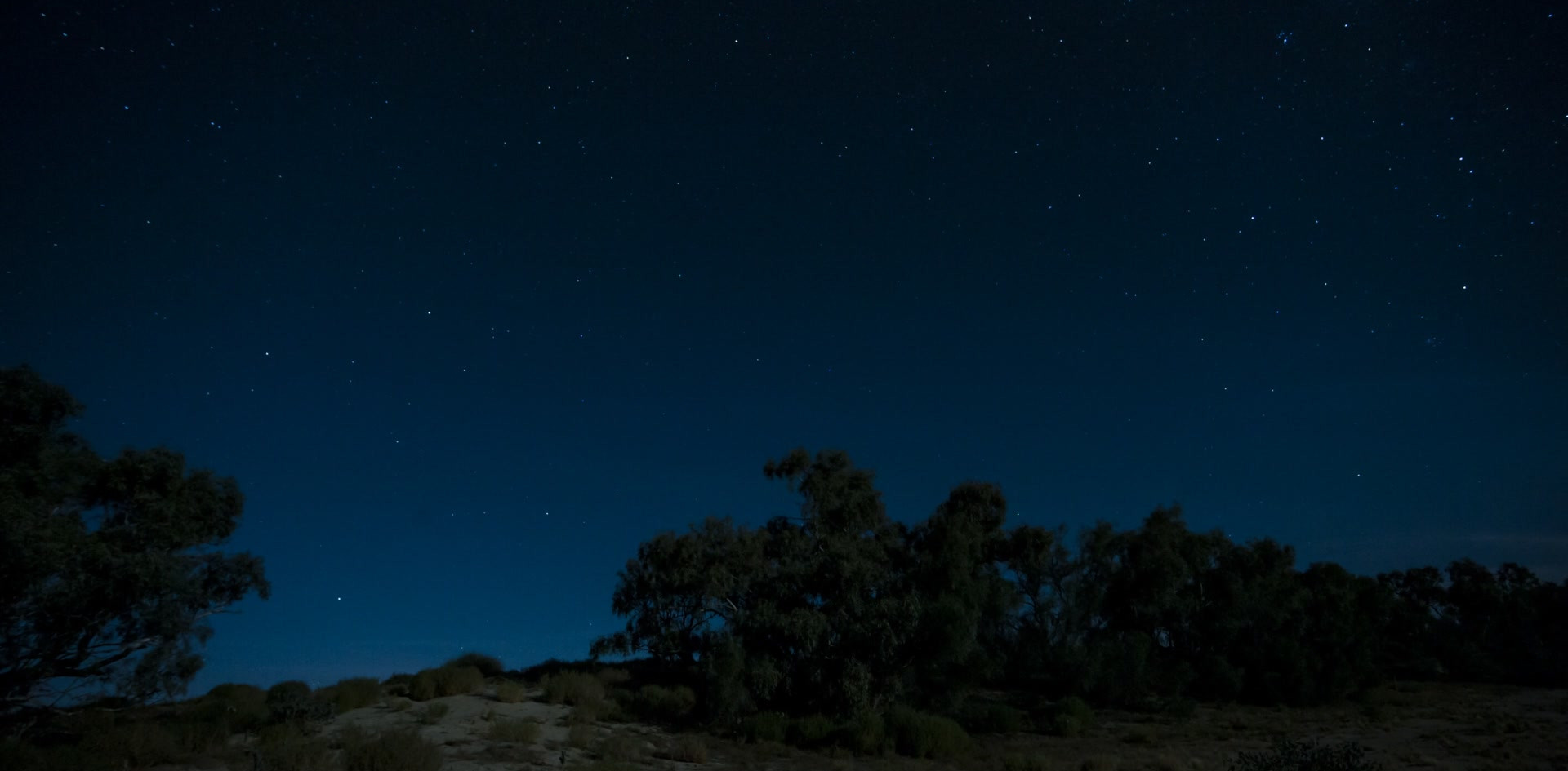 Flinders Stars and clouds.mp4