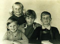 1959 - Old Pics Scans-123 - 72 dpi.jpg