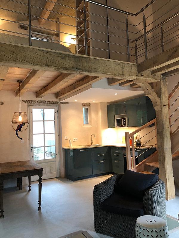 Intérieur du Loft, cuisine et chambre à coucher