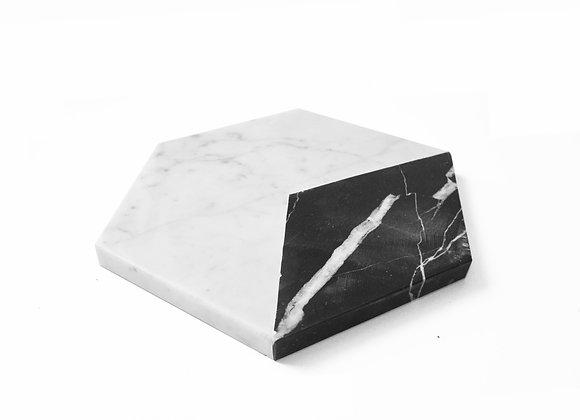 tábua hexagono de mármore carrara-nero