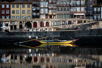 Fado                                                    El vino verde de las tardes de Porto