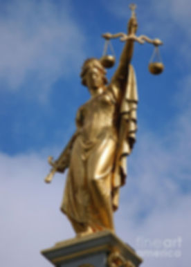 lady-justice-in-bruges-ricardmn-photography.jpg