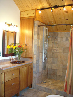 Mahogany jetted shower