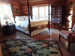 Rosewood queen bed