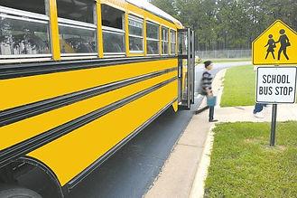 schoolbus-81717__340.jpg