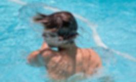swimming-1925391__340.jpg