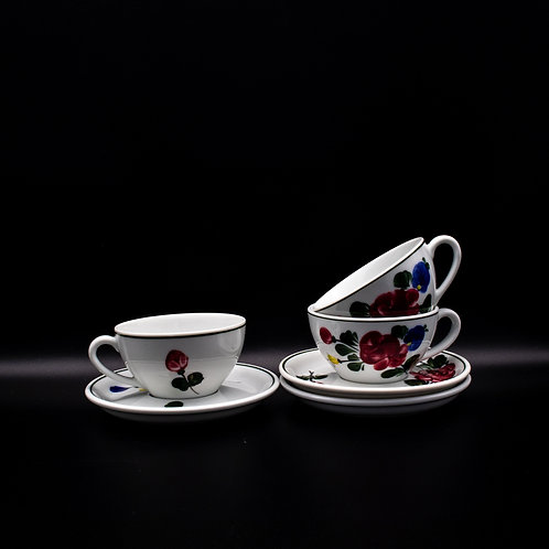 Lilienporzellan Teetassen Heidi, arrangiert