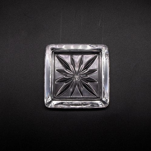 Glas Aschenbecher, von oben fotografiert