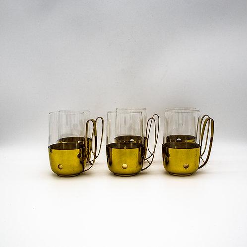 6 Messing Bowle Gläser nebeneinander stehend