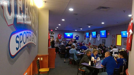 Jersey's Sports Grill dining