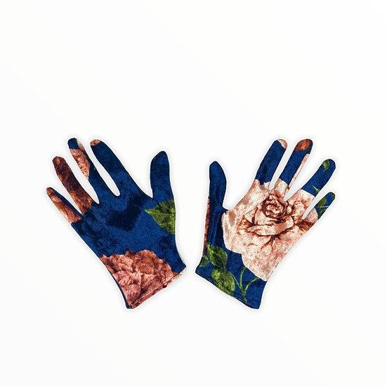 Bleu River Gloves (ONLY 5)