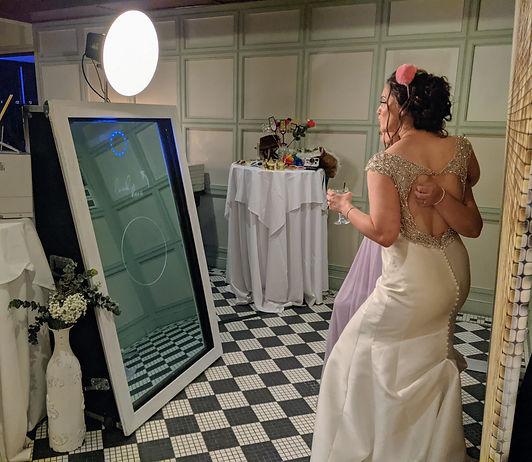 the-yellow-mirror-photo-booth-philadelphia-mirror-wedding-entertainment-bride-selfie.jpg