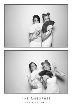 the-yellow-mirror-photo-booth-print-example-wedding-black-and-white-glam-shot.jpg