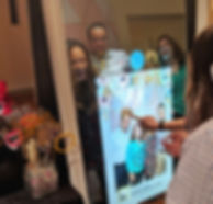 the-yellow-mirror-photo-booth-tasting-po