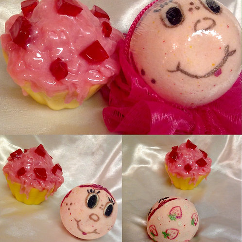 """Sweet Toons""Strawberry Shortcake Inspired Sparkling Soak & Spa Bar"