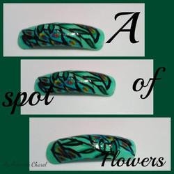 Green Flowers Nail Art