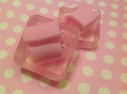 mini Bubble Gum Tape Spa Bar
