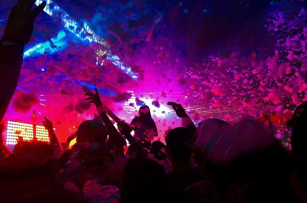 avada-nightclub-gallery-5.jpg