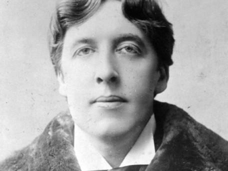 Oscar Wilde, un auteur ayant compris l'importance d'être constant.